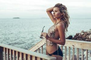 conocer mujeres en vacaciones