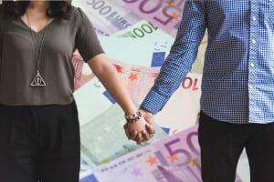 dinero en la relación de pareja