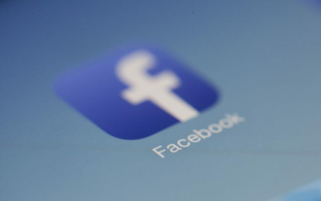 Cómo causar una buena impresión en Facebook