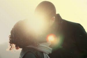 cómo aprender a besar