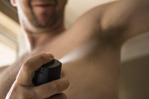 por qué las mujeres terminan una relacion con hombres con mala higiene
